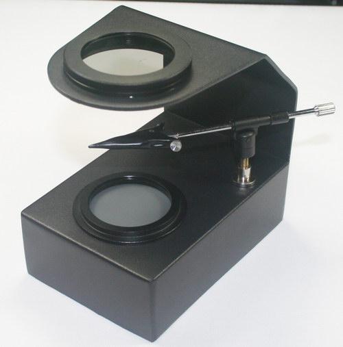 gemological instrument